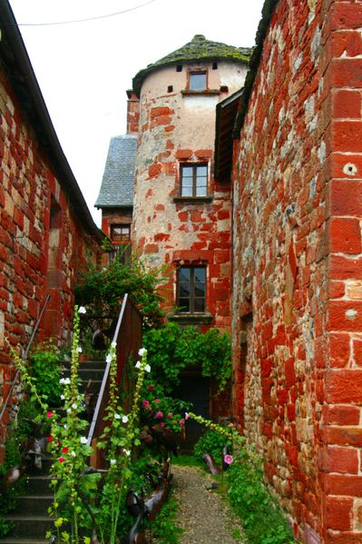 HY4 Passage, Collonges