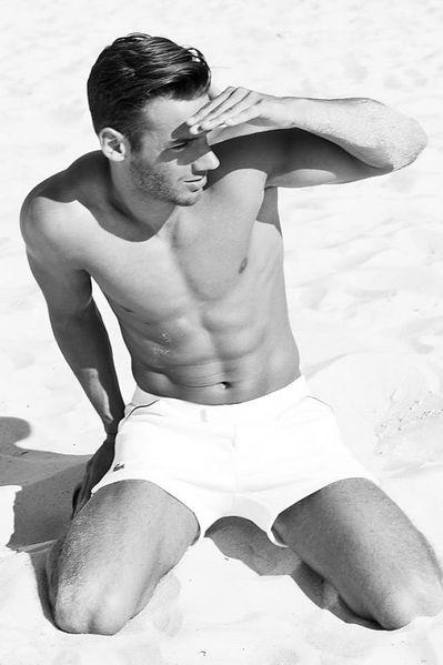 Ricardo-Will-Hot-Model-Burbujas-De-Deseo-08-533x800.jpg