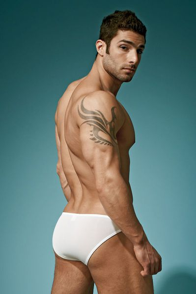 adam-for-undergear-summer-2012-21.jpg