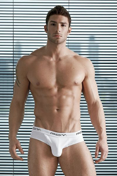 adam-for-undergear-summer-2012-31.jpg
