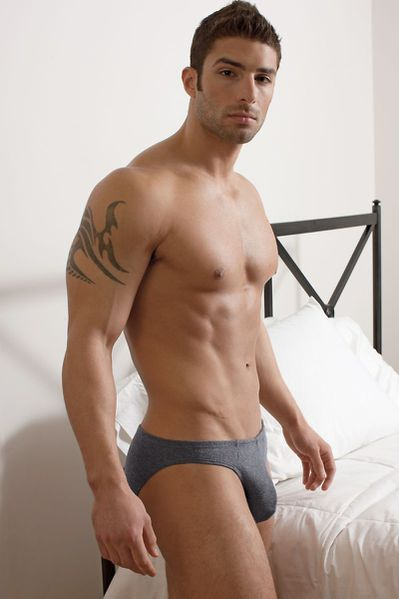 adam-for-undergear-summer-2012-71.jpg