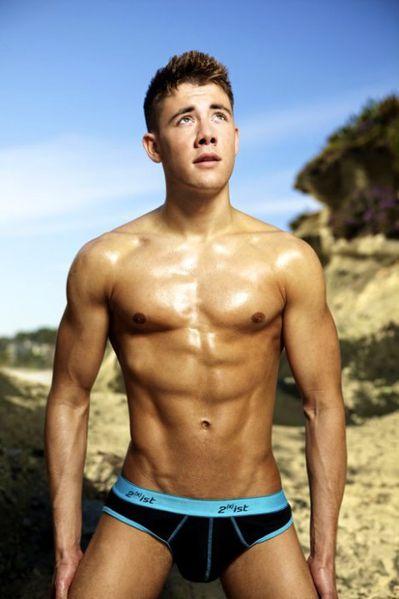 Tyler-James-Booth-Hot-Sexy-Burbujas-De-Deseo-016-466x700.jpg