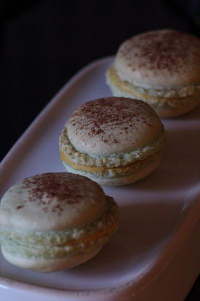 Macaron-confiture-de-lait.jpg