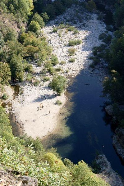 Ardèche Le pont du diable 02