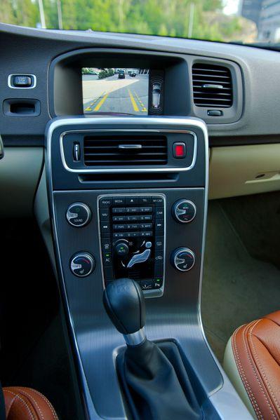 Volvo-V60-intérieur2