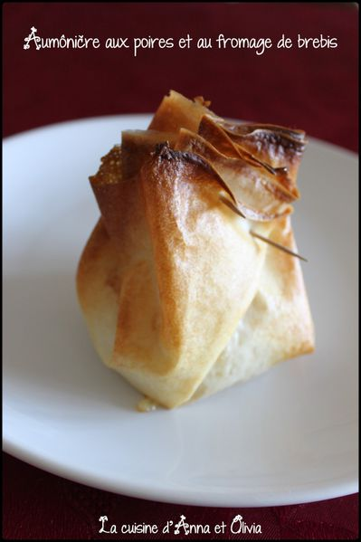 aumoniere-poires-fromage-brebis.jpg