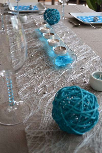 Emejing decoration table turquoise contemporary for Deco taupe et turquoise