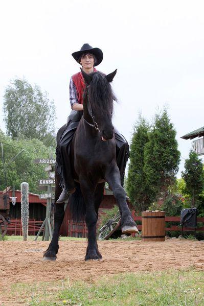 Heroes-cowboys 12