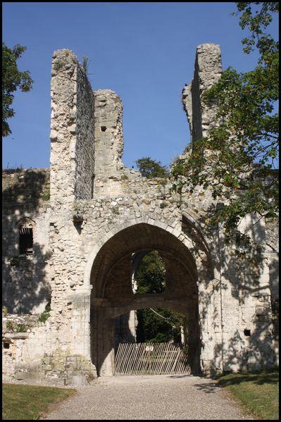 abbaye-de-Jumieges-13.jpg