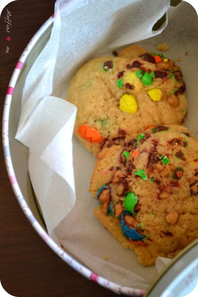 M-M-s-Chewy---puffy-cookies--2.jpg
