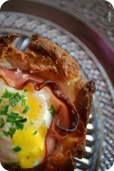 Egg---bacon-toasts-cups--2.jpg