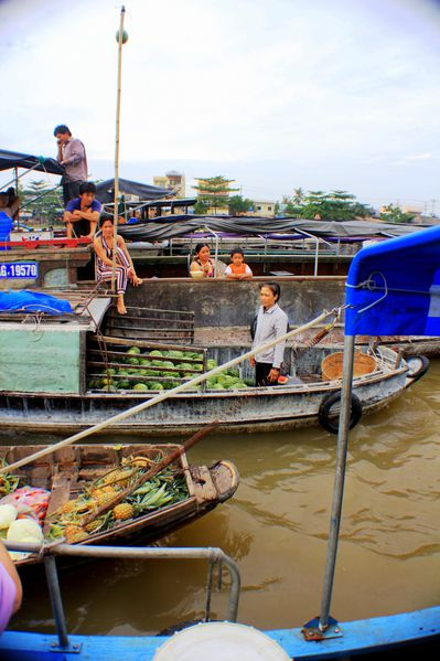 Floating market (10)