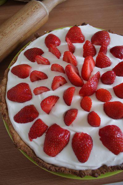 Tarte-amandine-chantilly---fraises-JPG