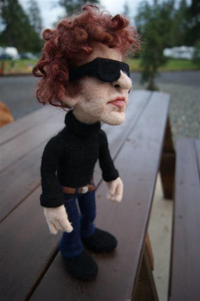 needle-felted-dylan-doll-a3.JPG