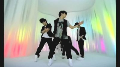 [MV HQ 720p] SHINee (샤이니) - Love Like Oxygen-copie-1