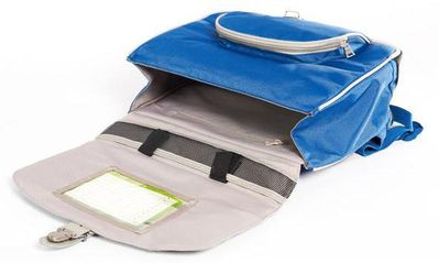 Cartable ouvert-copie-1