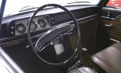 1968_BMW_1600_Survivor_For_Sale_Interior_resize.jpg