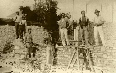 RECONSTRUCTION FERME BRIEUILLES EN 1920