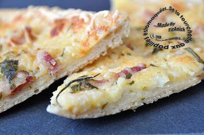 Pizza-mascarpone-cheves-lardons-oignon-ciboulette-logo.jpg