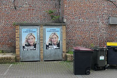 Photo-affiches-FN-Marianne-2-17-15-12.jpg
