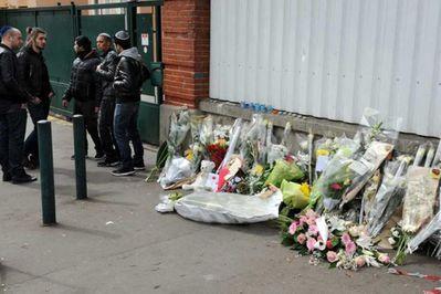 Toulouse-fleurs-devant-ecole-juive.jpg