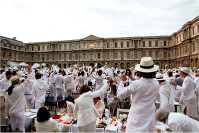 Diner-en-blanc-Ph-Catalina