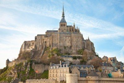 9180561-le-mont-saint-michel-normandie-france