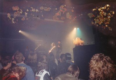 Tiamat---On-stage-1993.jpg