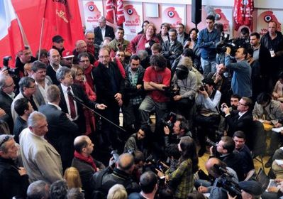 Annonce-candidature-Jean-Luc-Melenchon-Colysee-12-05-12.jpg