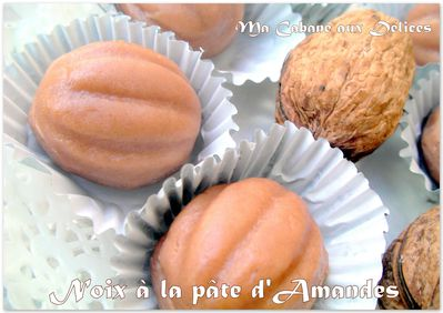 Noix en pâte d'amandes photo 3
