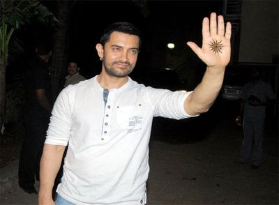 Aamir-Khan-Mehendi.jpg