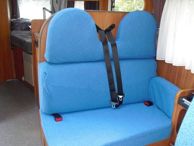 r novation des housses de camping car bancarel titi delph angelo et tim o voyagent. Black Bedroom Furniture Sets. Home Design Ideas