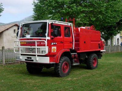 camion de Belcaire CCF RENAULT M180 4000 L équipé par CAM