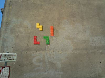 Tetris-wall.jpg