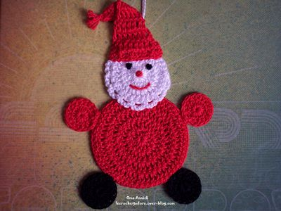 Pere-Noel-decoration-sapin-crochet