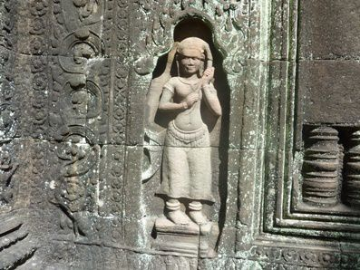 Sculpture-du-Banteay-Kdei.jpg