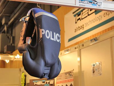 Airbag police