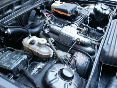 1981_BMW_635csi_Euro_Coupe_For_Sale_Engine_1.jpg
