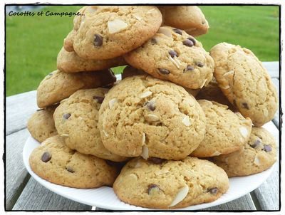 Cookies-pepites-chocolat-amandes-effilees-2.JPG