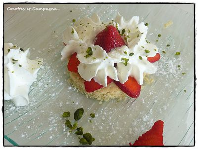 Fraises-chantilly-et-biscuit-coco-1.JPG