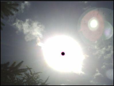 2 soleil planete rouge vaisseau petit grossi
