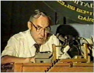 Professeur Keith MOORE