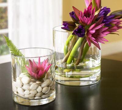 Stylish-Glass-Flowers-Decoration-picture-1.jpg