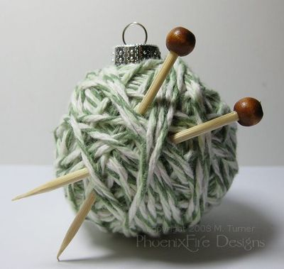 yarnball-ornament