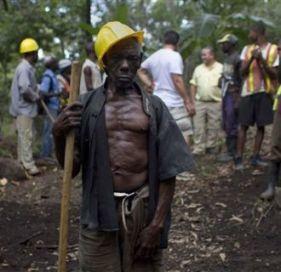 Vue de l 39 int rieur de l 39 lite des affaires en ha ti avec for Acheter une maison en haiti