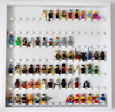 fabriquer une vitrine lego minifigures les pendules 10h10. Black Bedroom Furniture Sets. Home Design Ideas
