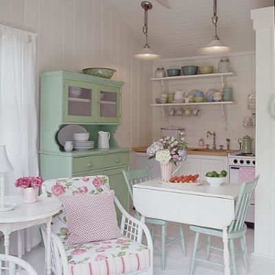 cottage101-green-kitchen-l