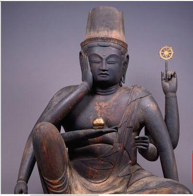 Statue de Chintamanicakra assis 3