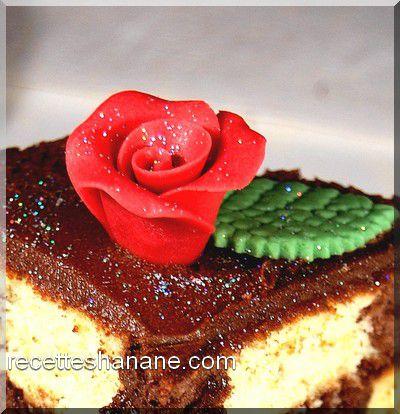 rose-pate-d-amande-copie-1.jpg