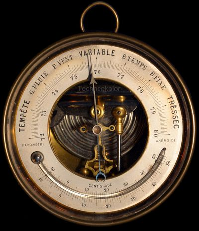 holosteric brass barometer with curved mercury thermometer